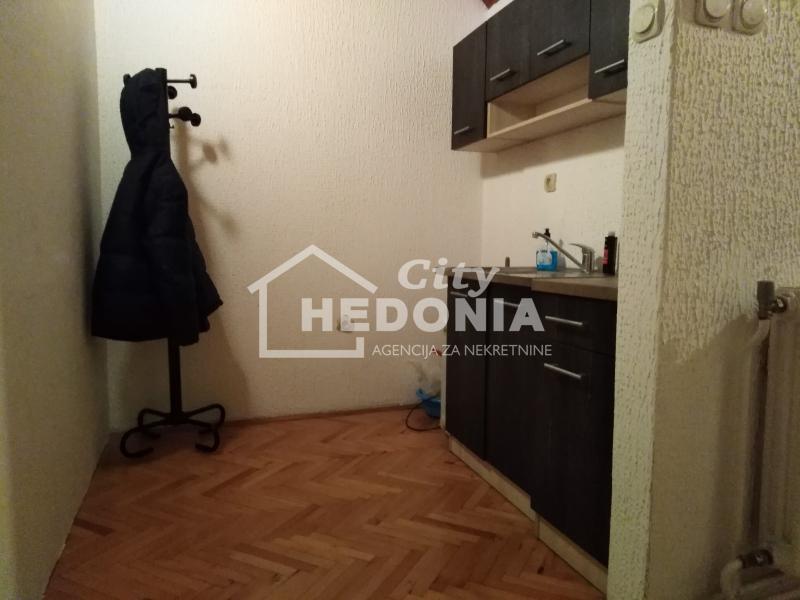 Kuća Izdavanje BEOGRAD Novi Beograd Bežanijska Kosa 1