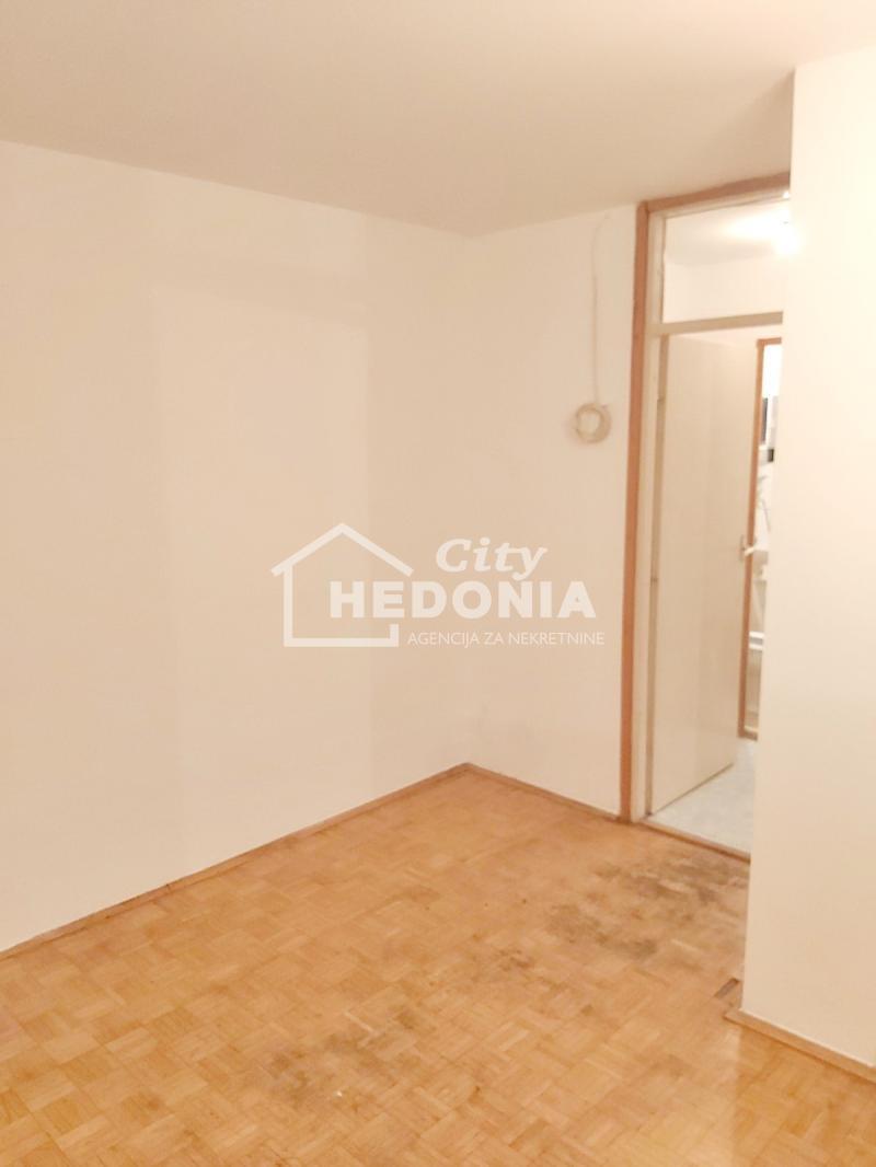 Stan Prodaja BEOGRAD Novi Beograd Blok 28